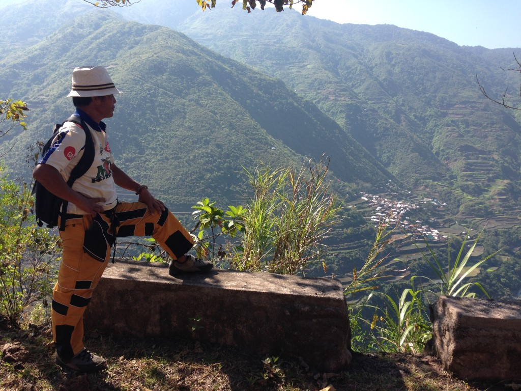 Get a guide! We recommend Francis, hes been doing this for over a decade and has toured celebrities and journalists alike. Hes even featured in Lonely Planet. All the local inns in Buscalan and Tinglayan knows of him so ask for a referral.